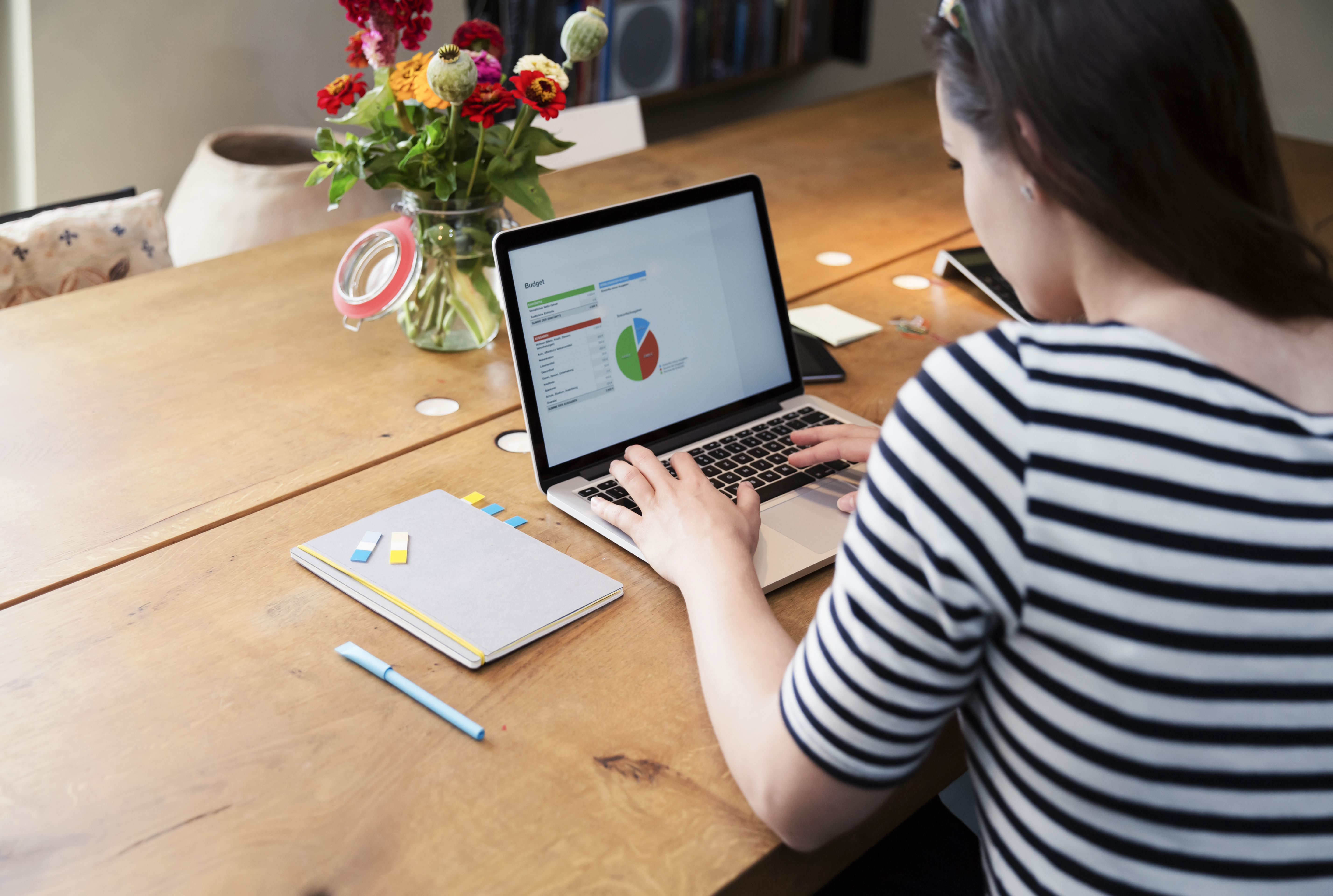 Budget Worksheet To Manage Your Savings Goals Inside Online Budget Calculator Spreadsheet