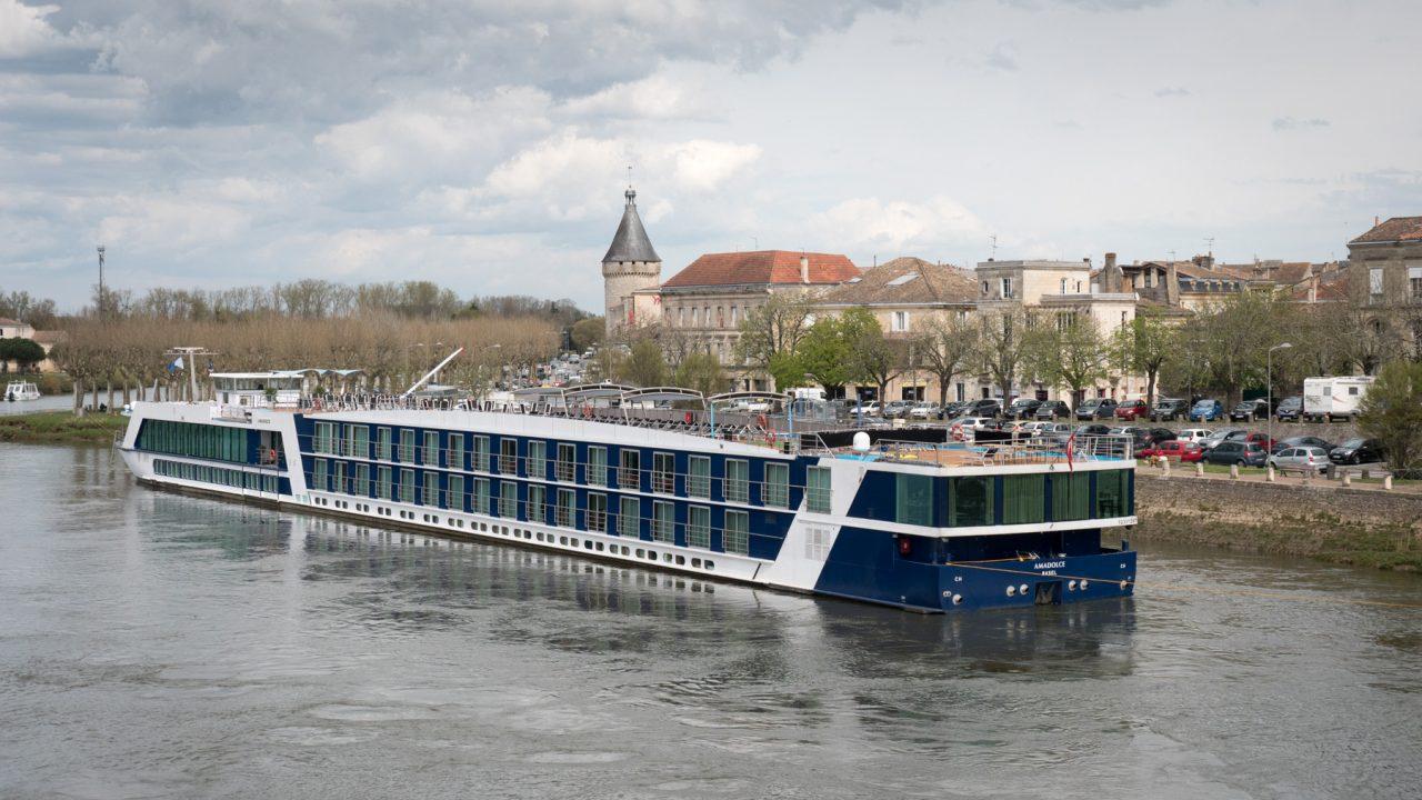 Cruise Comparison Spreadsheet With Regard To Shoulder Season Price Comparisons: Bordeaux 2019  River Cruise Advisor