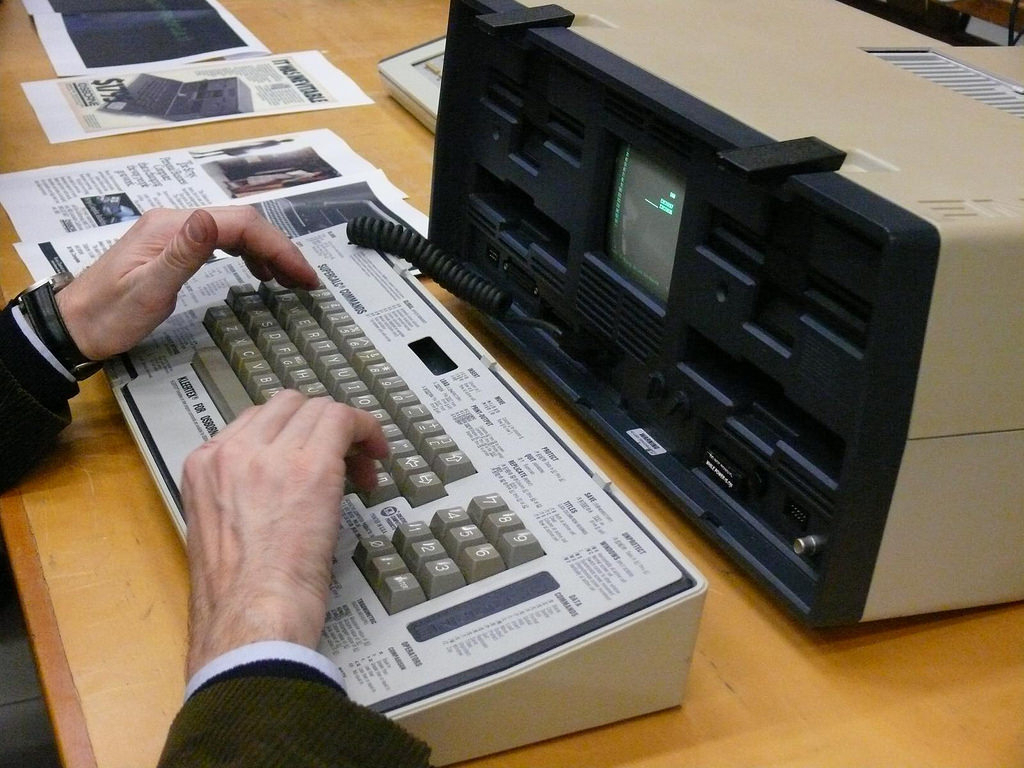 Supercalc Spreadsheet Throughout Osborne 1 Portable Computer With Supercalc Spreadsheet  B…  Flickr